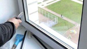 Замена стеклопакета в пластиковой двери